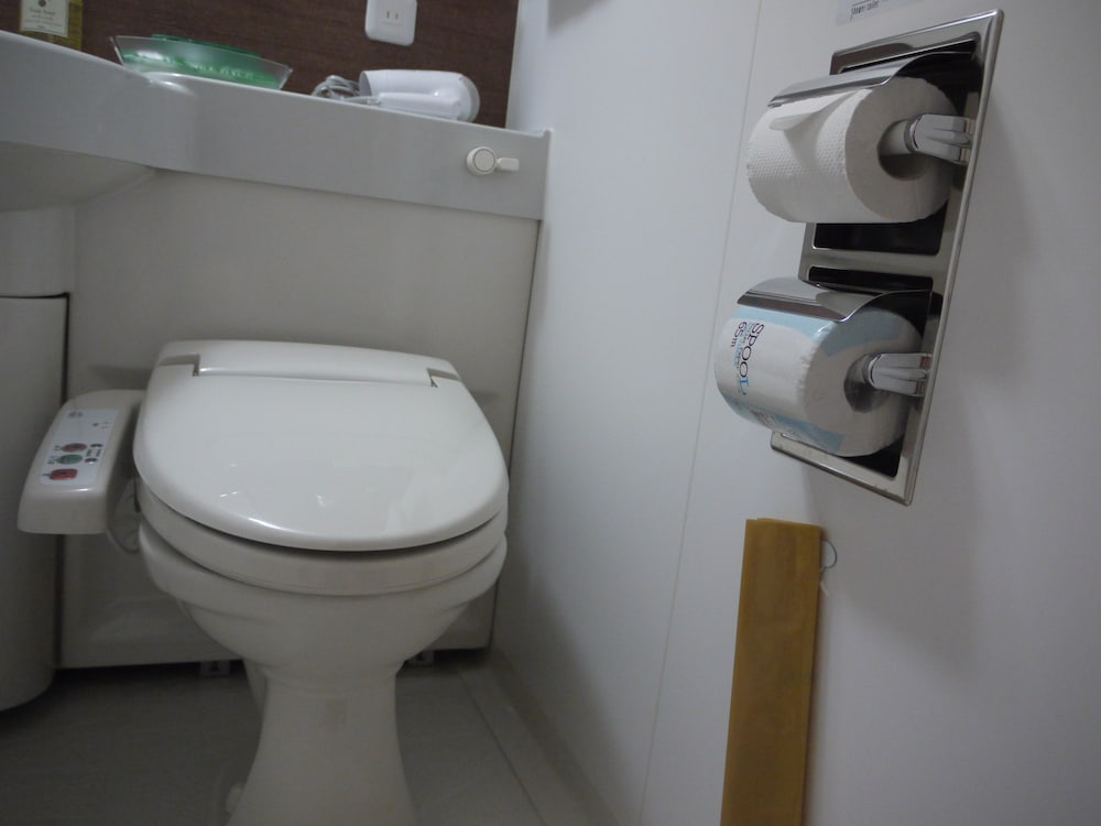 호텔 루트-인 나고야 이마이케 에키마에(Hotel Route-Inn Nagoya Imaike Ekimae) Hotel Image 10 - Bathroom