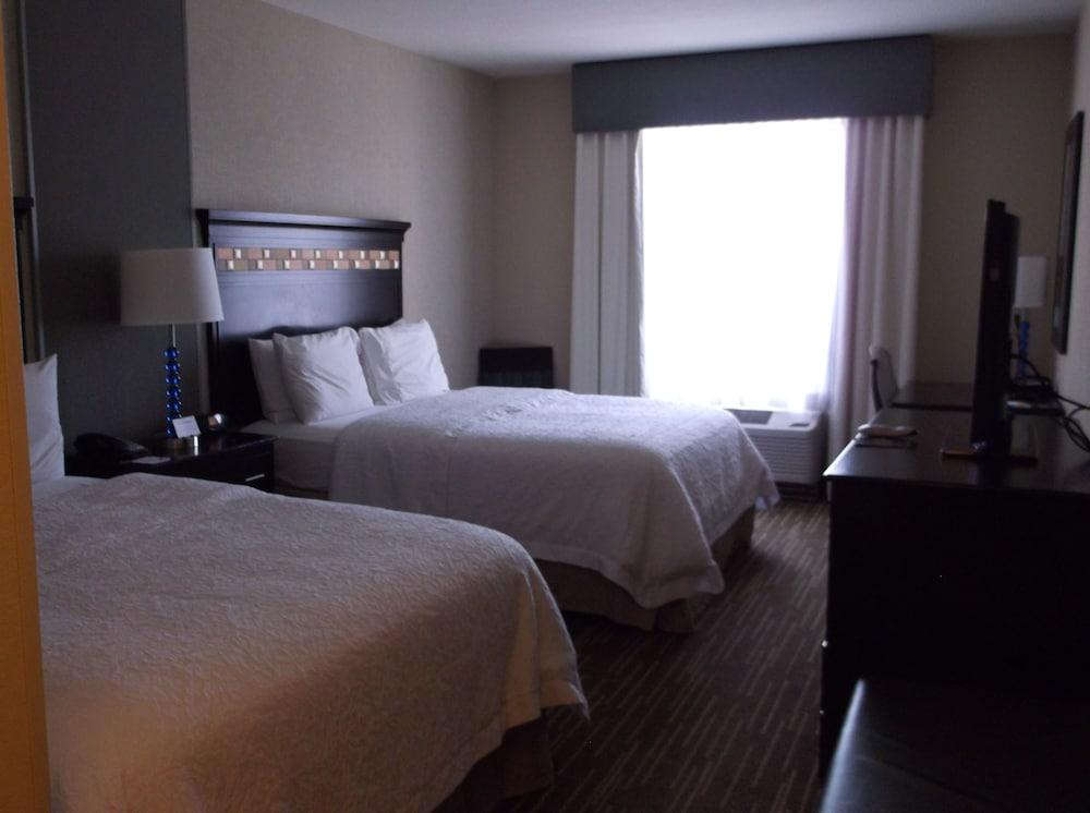 햄프턴 인 & 스위트 덴버/에어포트 - 게이트웨이 파크(Hampton Inn & Suites Denver/Airport-Gateway Park) Hotel Image 30 - Guestroom
