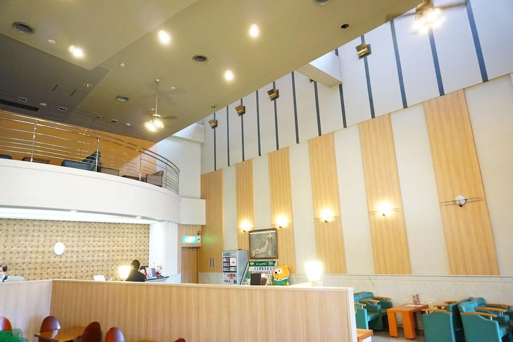 호텔 루트-인 하카타 에키 미나미(Hotel Route-Inn Hakata Eki Minami) Hotel Image 4 - Interior Entrance