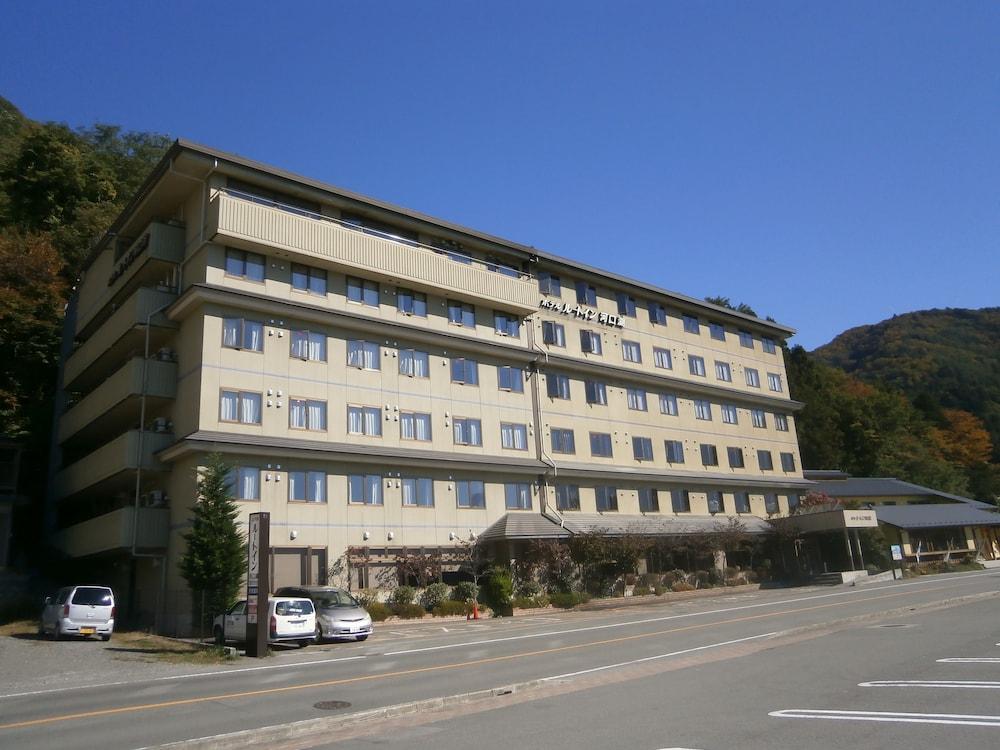 호텔 루트-인 가와구치코(Hotel Route-Inn Kawaguchiko) Hotel Image 29 - Hotel Front