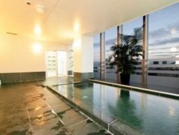 호텔 루트-인 오사카 혼마치(Hotel Route-Inn Osaka Honmachi) Hotel Image 24 - Indoor Spa Tub