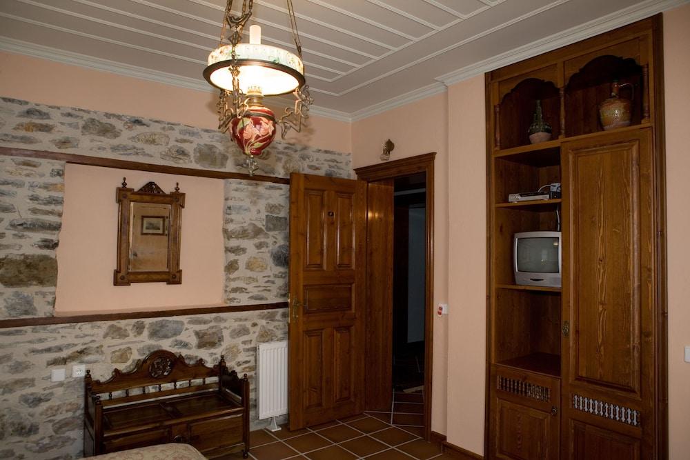 비라가스(Viraggas) Hotel Image 17 - Living Area