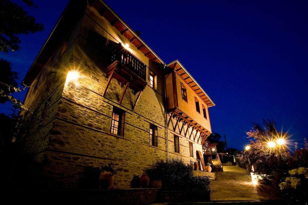 비라가스(Viraggas) Hotel Image 37 - Exterior