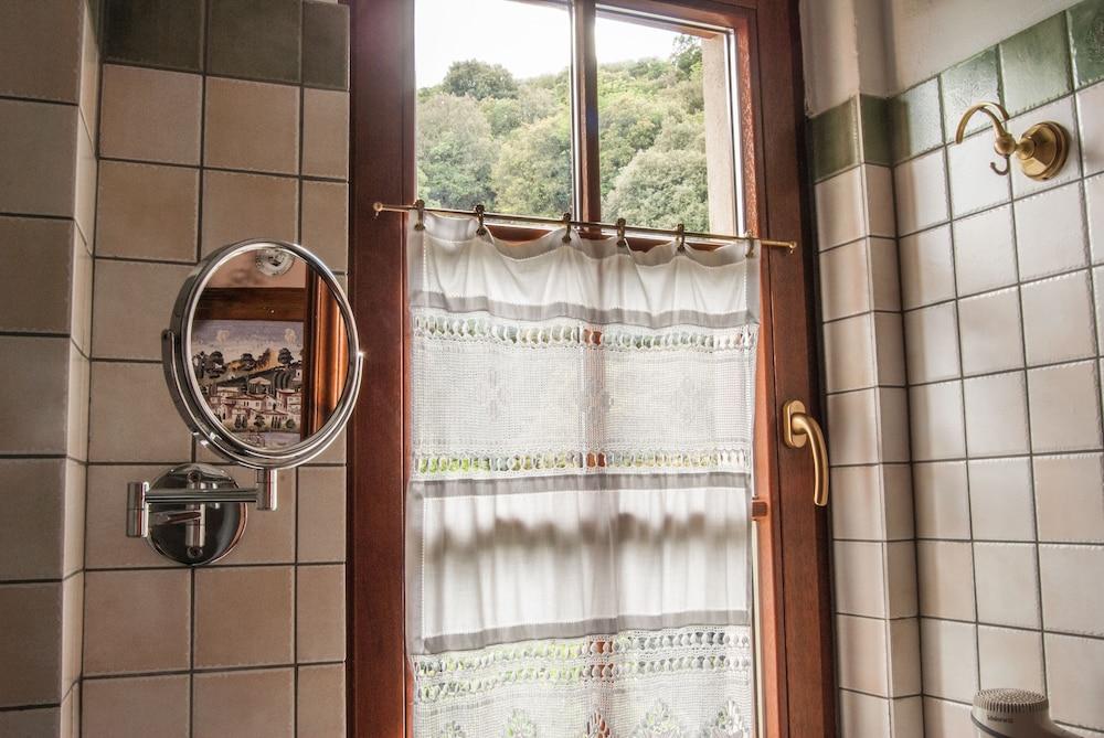 비라가스(Viraggas) Hotel Image 19 - Bathroom