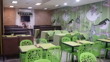 Domestic Guesthouse Pasay Restaurant