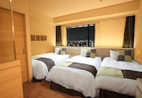Standard Triple Room, Multiple Beds, Non Smoking