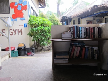 Blue Ribbon Dive Resort Puerto Galera Library