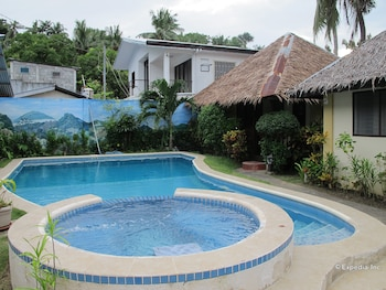 Blue Ribbon Dive Resort Puerto Galera Outdoor Pool