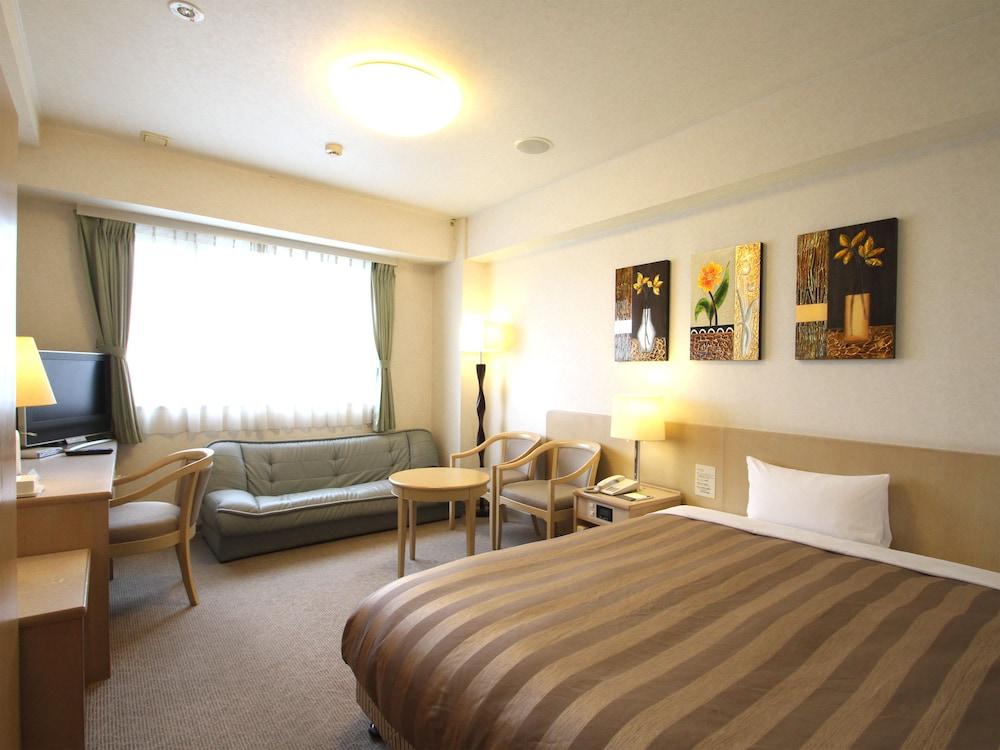 루트-인 그란티아 이시가키(Route-Inn Grantia Ishigaki) Hotel Image 9 - Guestroom