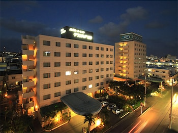 루트-인 그란티아 이시가키(Route-Inn Grantia Ishigaki) Hotel Image 27 - Hotel Front - Evening/Night