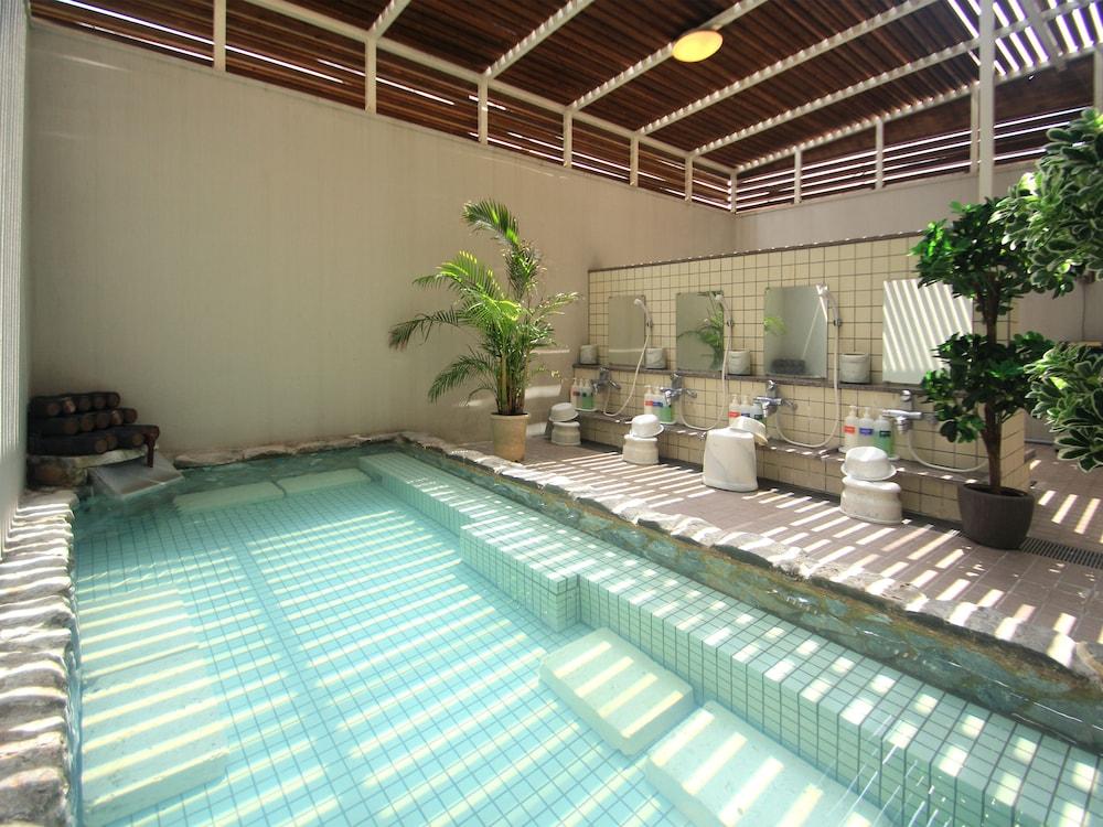 루트-인 그란티아 이시가키(Route-Inn Grantia Ishigaki) Hotel Image 18 - Indoor Spa Tub