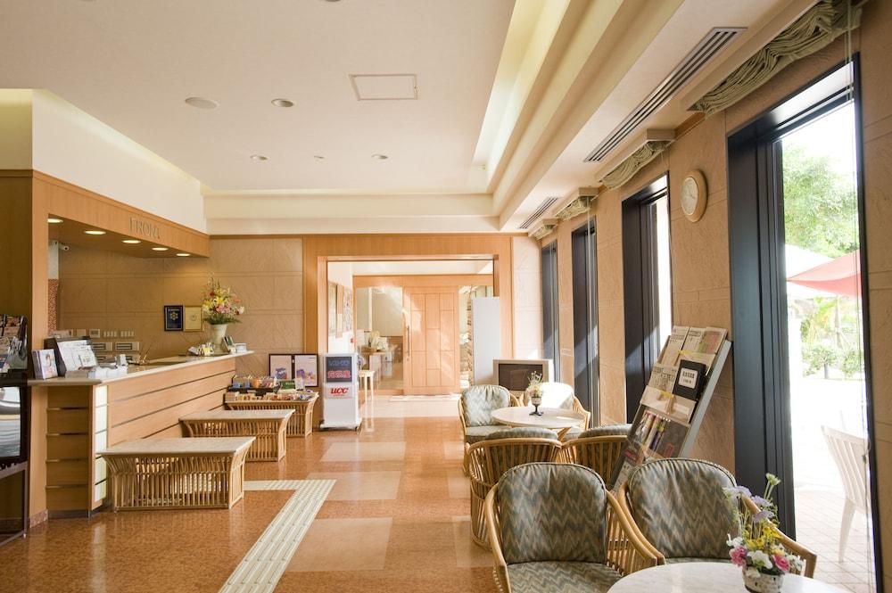 루트-인 그란티아 이시가키(Route-Inn Grantia Ishigaki) Hotel Image 1 - Lobby