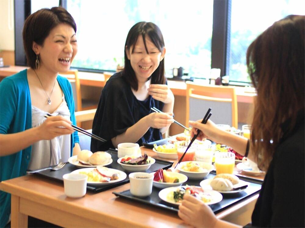 호텔 루트-인 나하 아사히바시 에키 히가시(Hotel Route-Inn Naha Asahibashi Eki Higashi) Hotel Image 31 - Dining