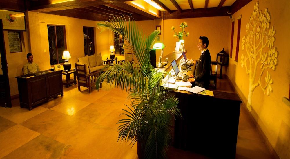 템플 트리 리조트 & 스파(Temple Tree Resort & SPA) Hotel Image 32 - Check-in/Check-out Kiosk
