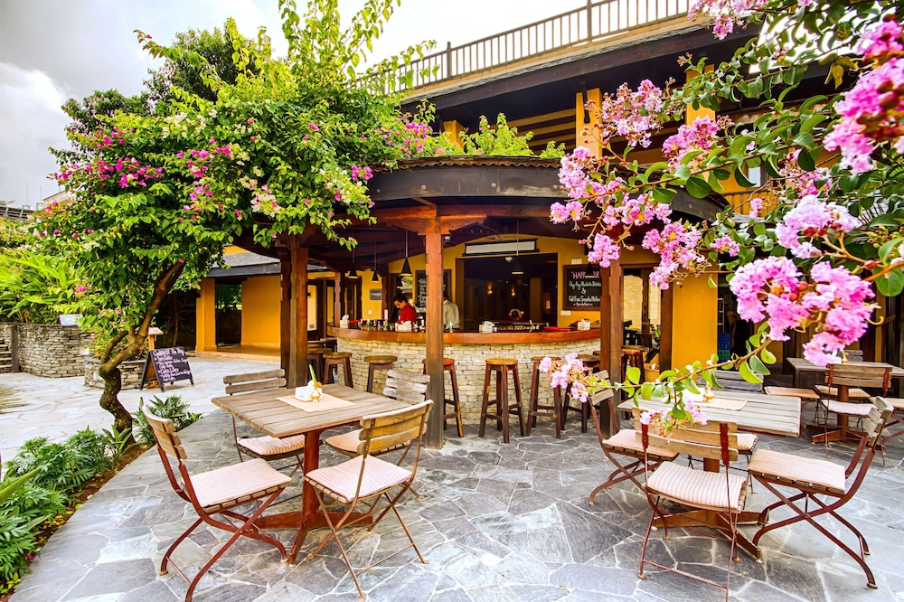 템플 트리 리조트 & 스파(Temple Tree Resort & SPA) Hotel Image 51 - Courtyard