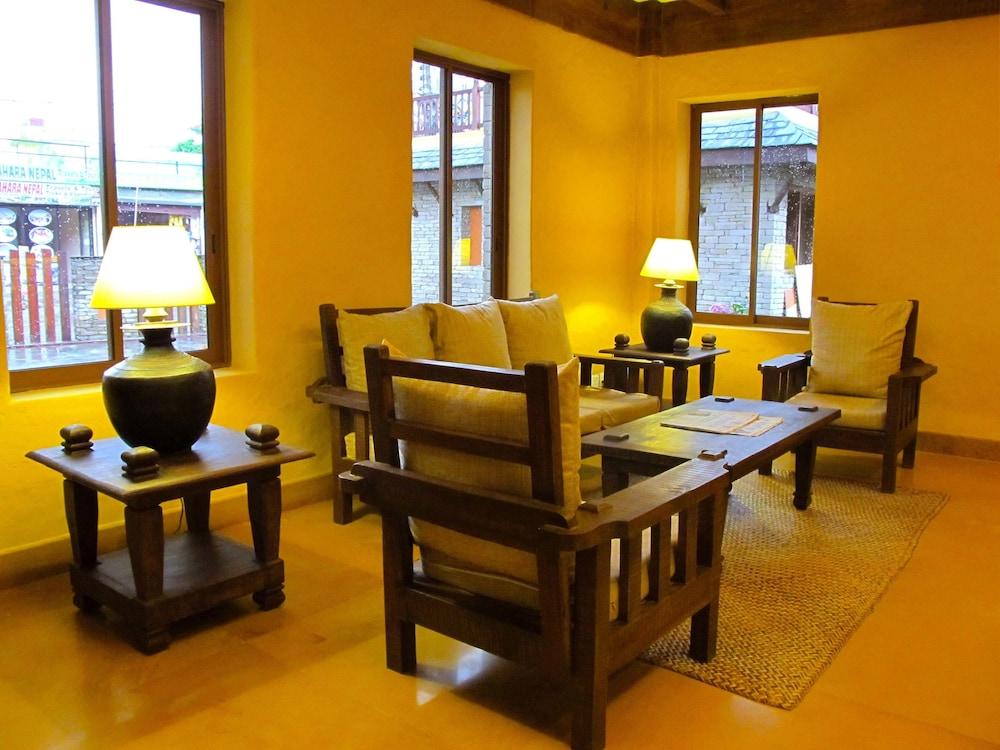 템플 트리 리조트 & 스파(Temple Tree Resort & SPA) Hotel Image 11 - Living Area