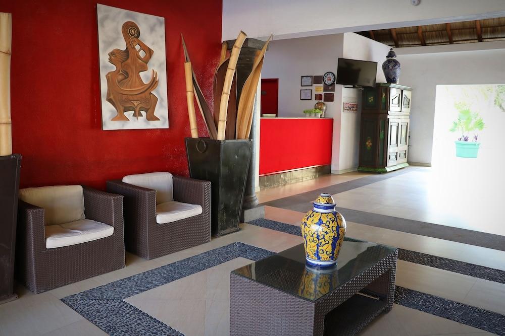 자 만자닐로(Zar Manzanillo) Hotel Image 1 - Lobby Sitting Area