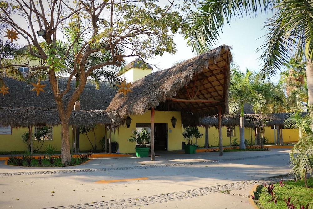 자 만자닐로(Zar Manzanillo) Hotel Image 43 - Exterior
