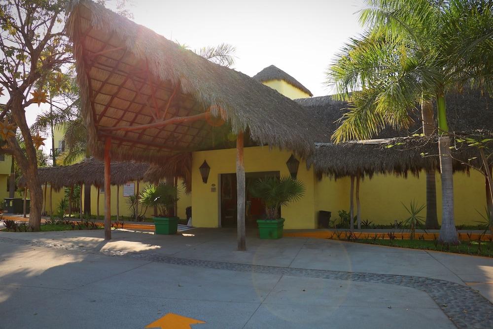 자 만자닐로(Zar Manzanillo) Hotel Image 44 - Exterior