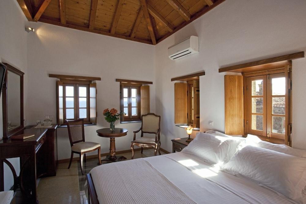 리키니아 호텔(Likinia Hotel) Hotel Image 10 - Guestroom