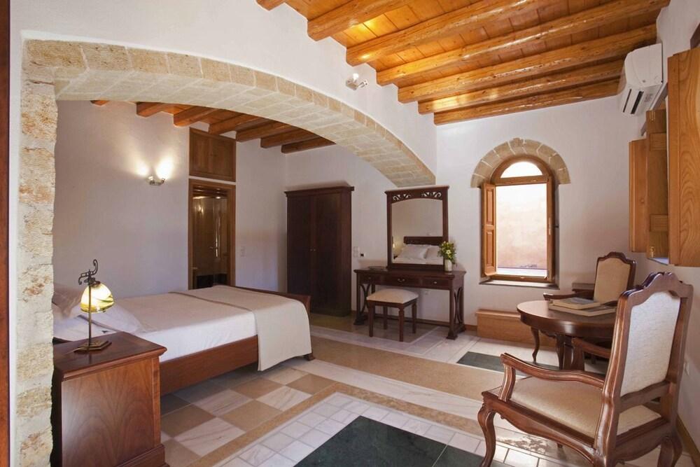 리키니아 호텔(Likinia Hotel) Hotel Image 5 - Guestroom