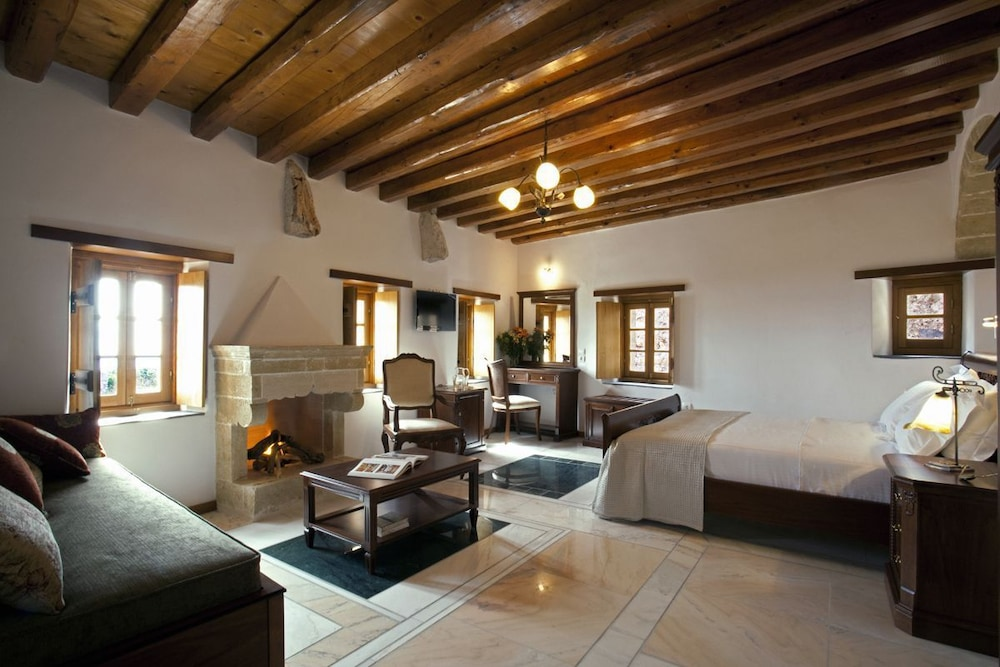 리키니아 호텔(Likinia Hotel) Hotel Image 12 - Guestroom