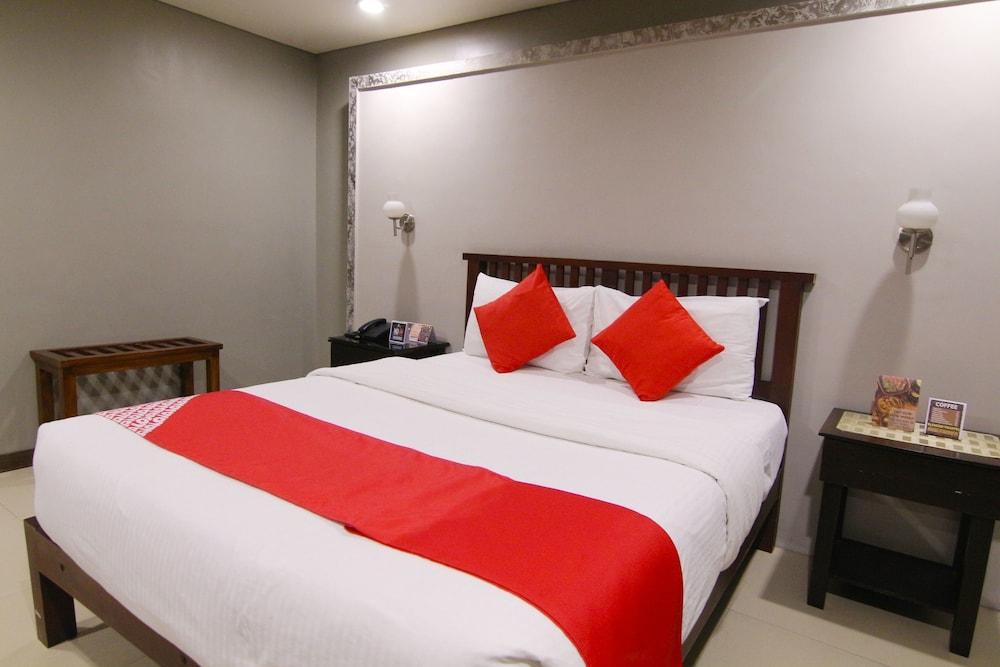 오요 103 아르티나 스위트 호텔(OYO 103 Artina Suites Hotel) Hotel Image 7 - Guestroom