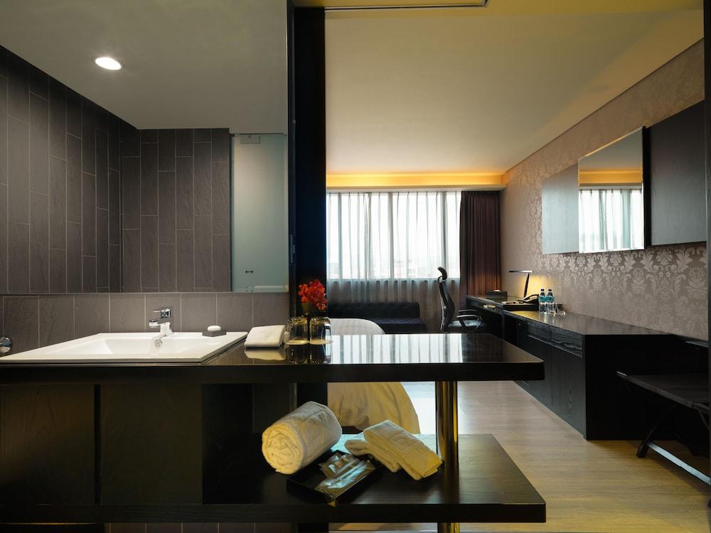 FX 호텔 타이베이 난징 이스트 로드 브랜치(FX Hotel Taipei Nanjing East Road Branch) Hotel Image 56 - Bathroom