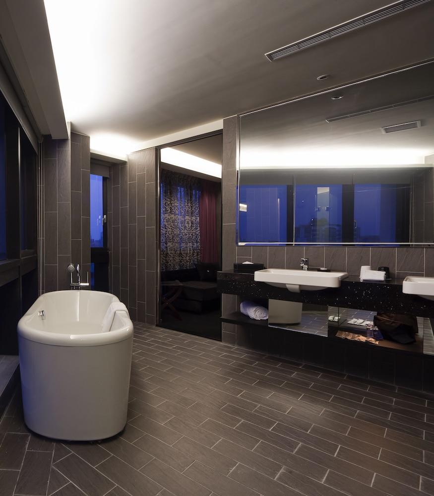 FX 호텔 타이베이 난징 이스트 로드 브랜치(FX Hotel Taipei Nanjing East Road Branch) Hotel Image 30 - Bathroom