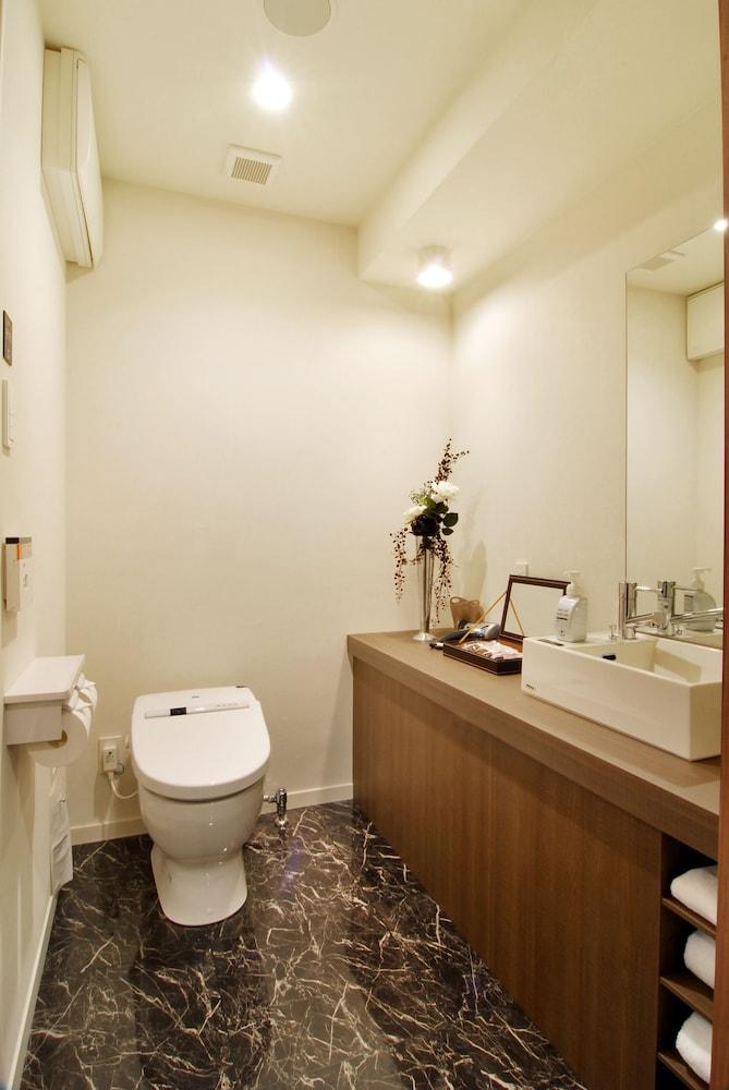 칸데오 호텔 - 하카타 테라스(Candeo Hotels - The Hakata Terrace) Hotel Image 20 - Bathroom