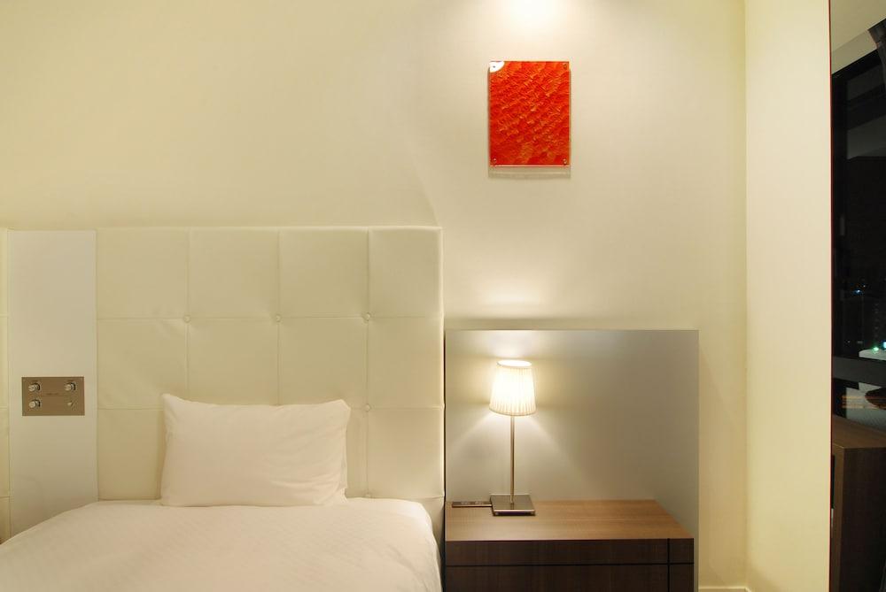 칸데오 호텔 - 하카타 테라스(Candeo Hotels - The Hakata Terrace) Hotel Image 3 - Guestroom