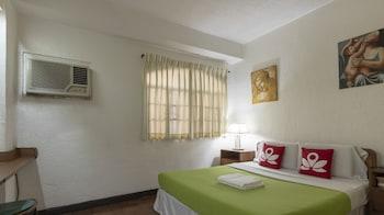 Hotel - ZEN Rooms Broadway Court QC