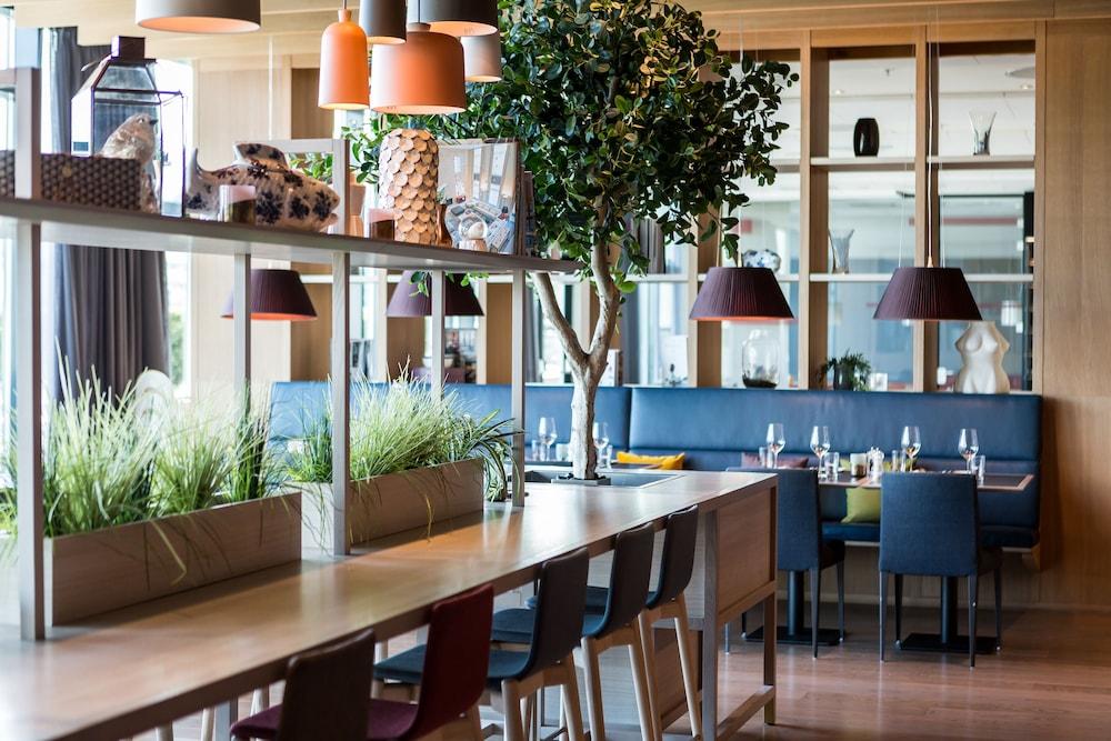 퀄리티 호텔 엑스포(Quality Hotel Expo) Hotel Image 26 - Restaurant
