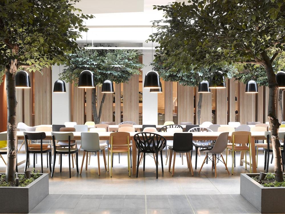 퀄리티 호텔 엑스포(Quality Hotel Expo) Hotel Image 34 - Coffee Shop