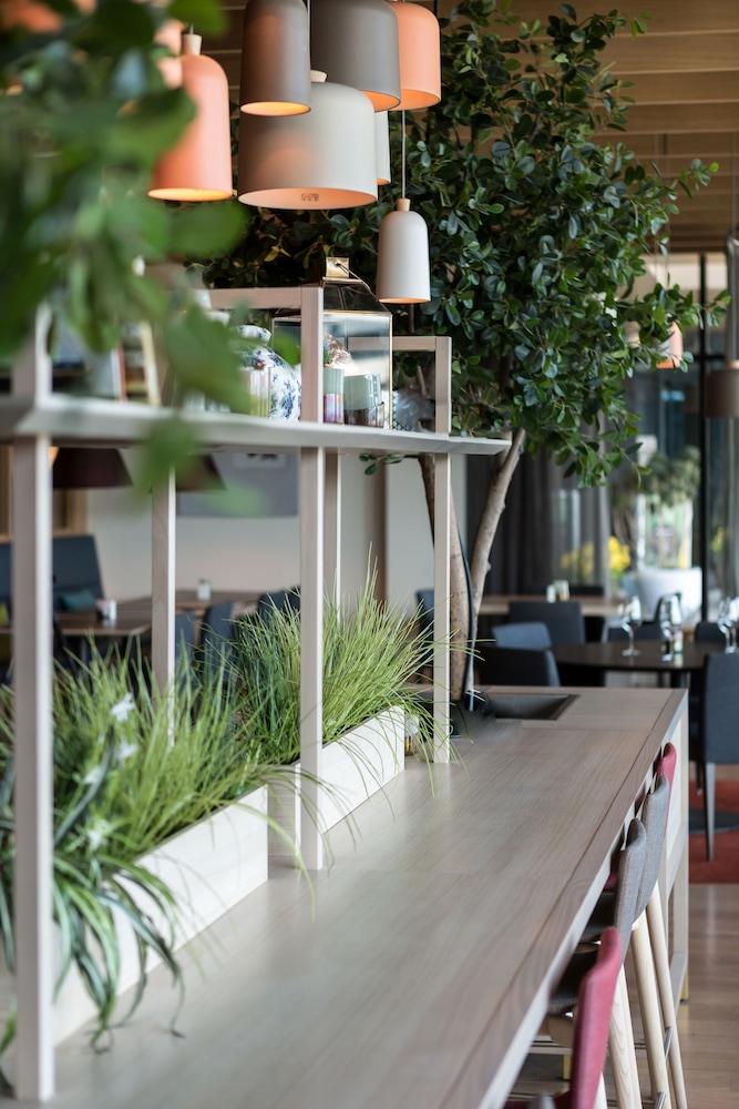 퀄리티 호텔 엑스포(Quality Hotel Expo) Hotel Image 29 - Restaurant