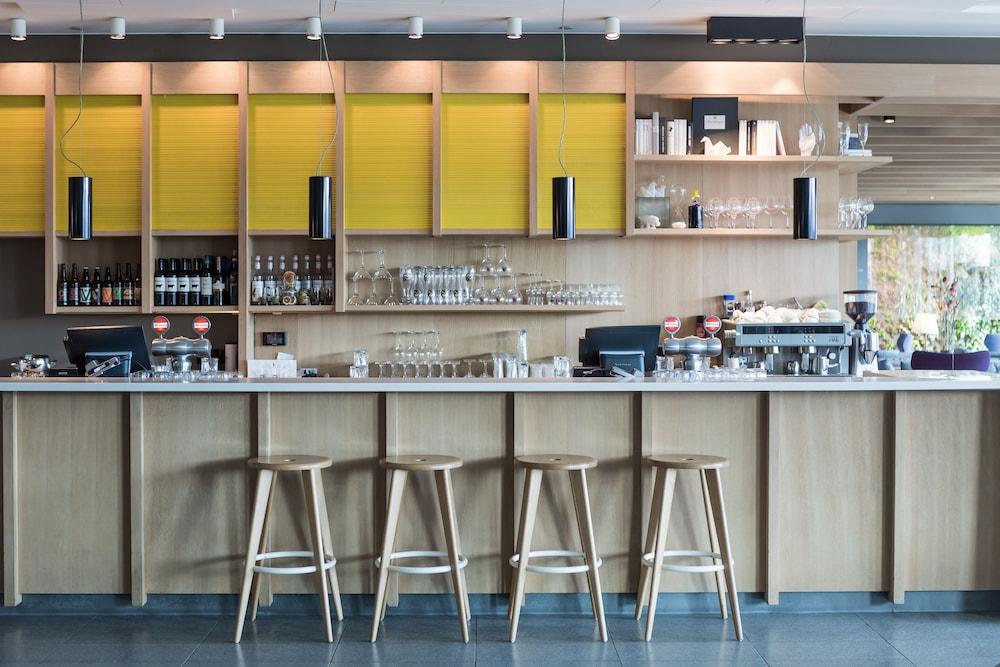 퀄리티 호텔 엑스포(Quality Hotel Expo) Hotel Image 41 - Hotel Bar