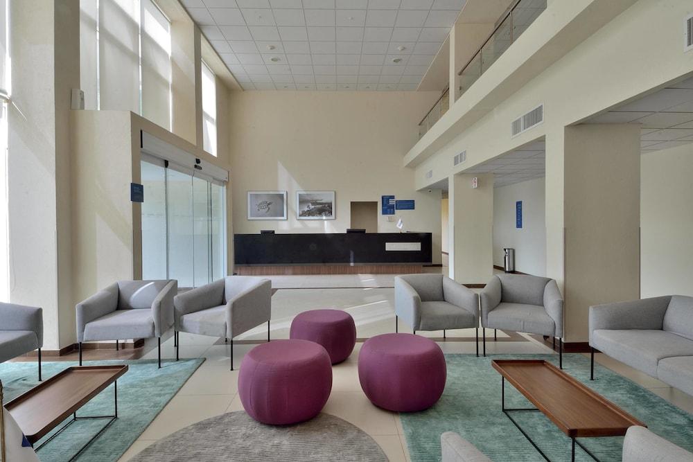 시티 익스프레스 플라야 델 카르멘(City Express Playa del Carmen) Hotel Image 2 - Lobby Sitting Area