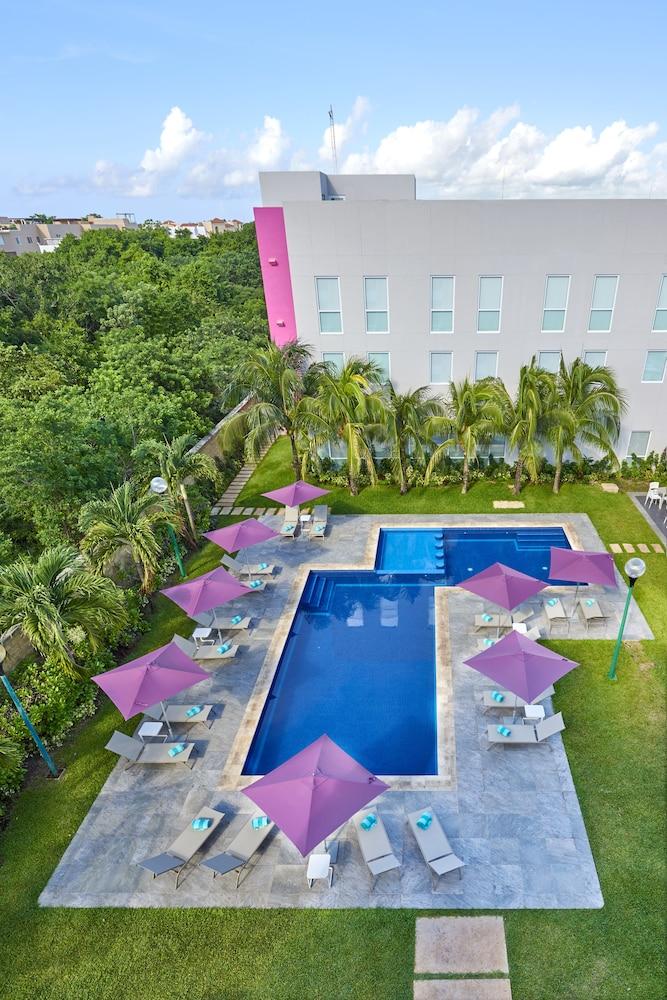 시티 익스프레스 플라야 델 카르멘(City Express Playa del Carmen) Hotel Image 8 - Outdoor Pool