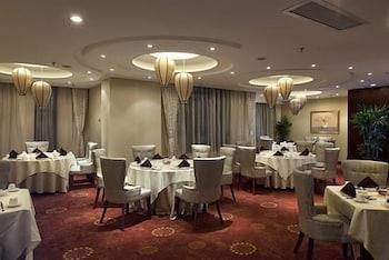 그랜드 스카이라이트 CIMC 호텔 양저우(Grand Skylight CIMC Hotel Yangzhou) Hotel Image 28 - Restaurant