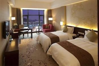 그랜드 스카이라이트 CIMC 호텔 양저우(Grand Skylight CIMC Hotel Yangzhou) Hotel Image 14 - Guestroom