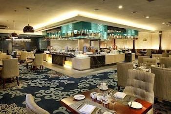 그랜드 스카이라이트 CIMC 호텔 양저우(Grand Skylight CIMC Hotel Yangzhou) Hotel Image 27 - Restaurant