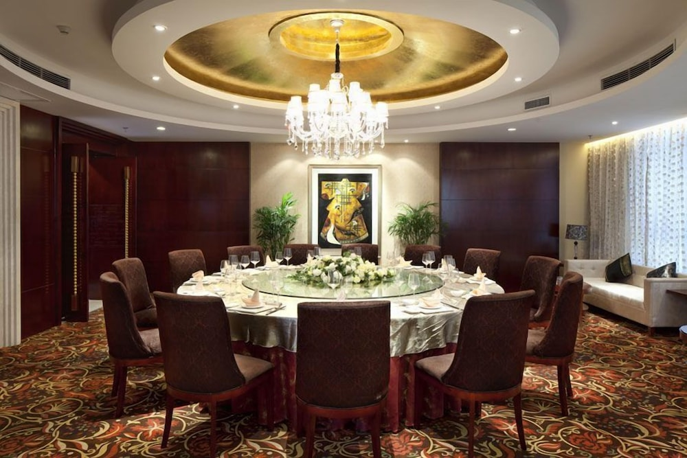 그랜드 스카이라이트 CIMC 호텔 양저우(Grand Skylight CIMC Hotel Yangzhou) Hotel Image 24 - Restaurant