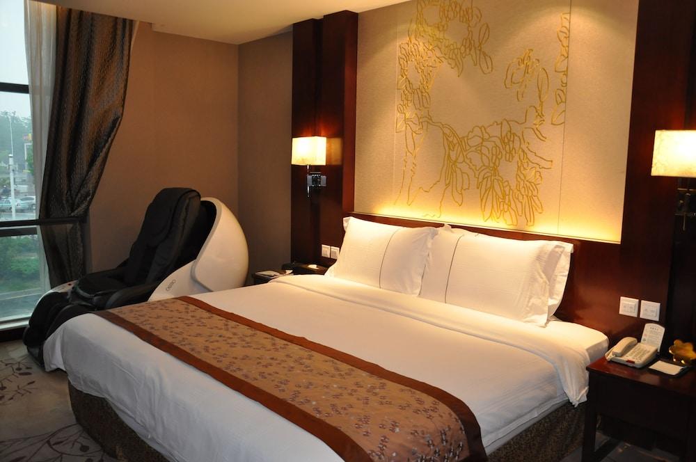 그랜드 스카이라이트 CIMC 호텔 양저우(Grand Skylight CIMC Hotel Yangzhou) Hotel Image 11 - Guestroom