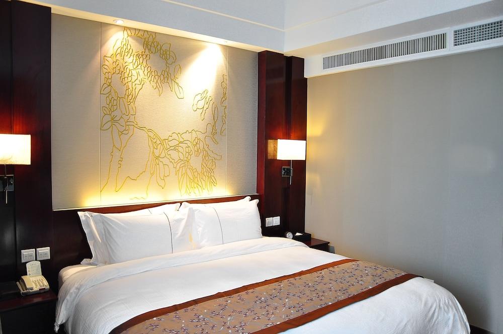 그랜드 스카이라이트 CIMC 호텔 양저우(Grand Skylight CIMC Hotel Yangzhou) Hotel Image 8 - Guestroom