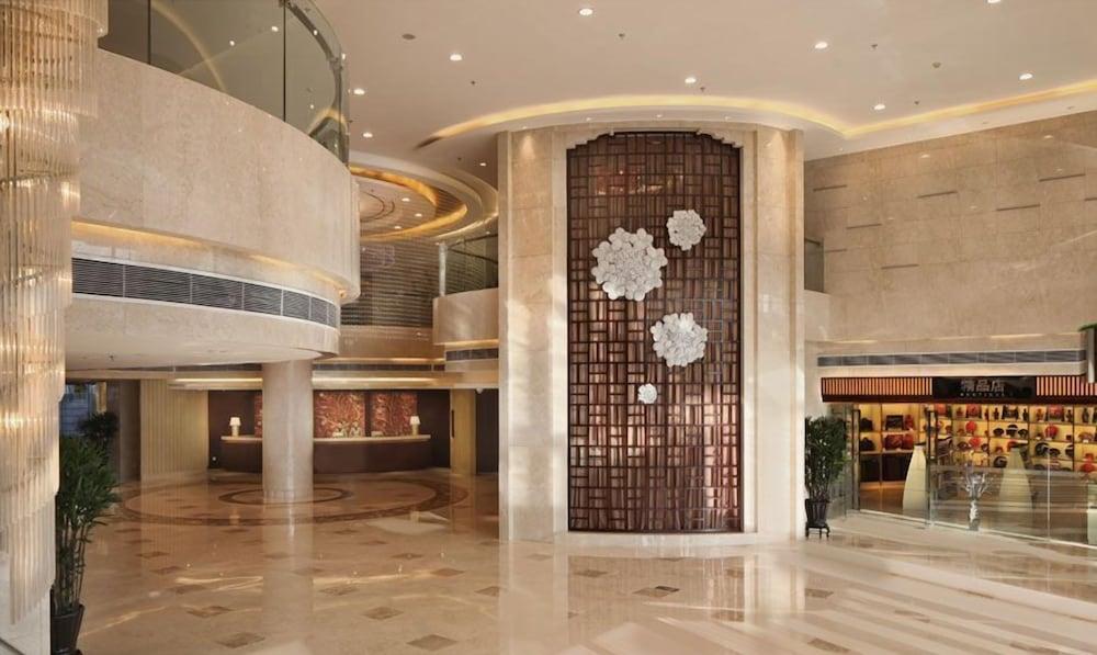 그랜드 스카이라이트 CIMC 호텔 양저우(Grand Skylight CIMC Hotel Yangzhou) Hotel Image 2 - Lobby