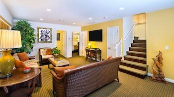 Room, 3 Bedrooms, Partial Ocean View