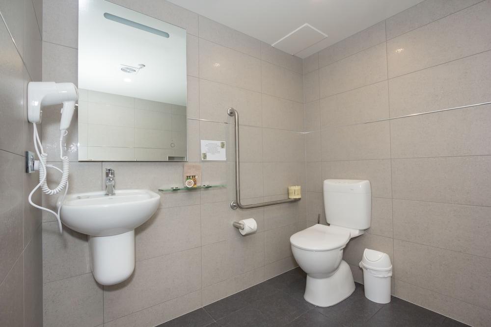 알렉시스 모텔 & 아파트먼트(Alexis Motels & Apartments) Hotel Image 21 - Bathroom