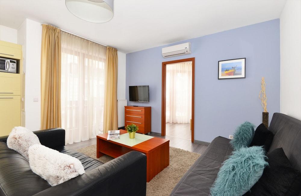 로드 레지던스(Lord Residence) Hotel Image 27 - Living Area