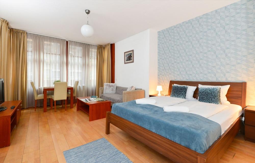 로드 레지던스(Lord Residence) Hotel Image 13 - Guestroom