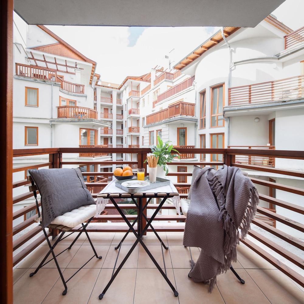 로드 레지던스(Lord Residence) Hotel Image 35 - Balcony